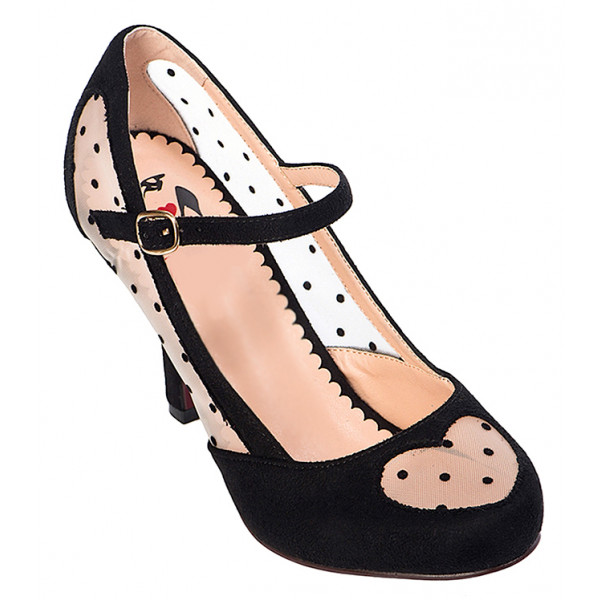 Betsy Shoes